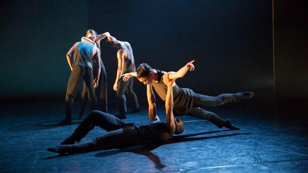 debut performing arts